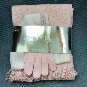 NWT Calvin Klein Pink Monogram Scarf, Hat & Gloves
